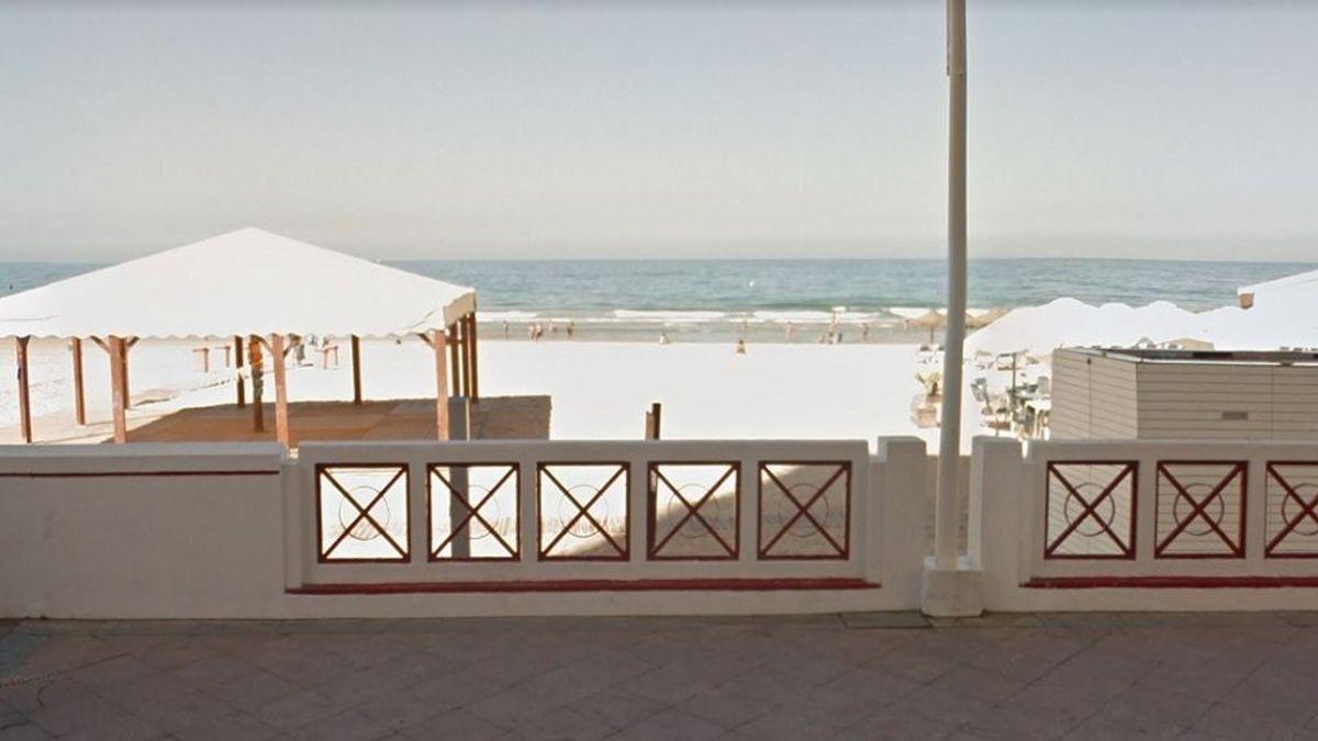 Encuentran a una mujer fallecida en la playa de La Victoria (Cádiz)