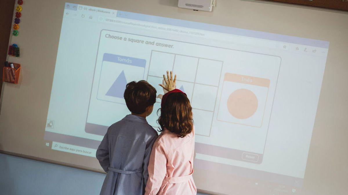Niños en una clase del Colegio Meres.