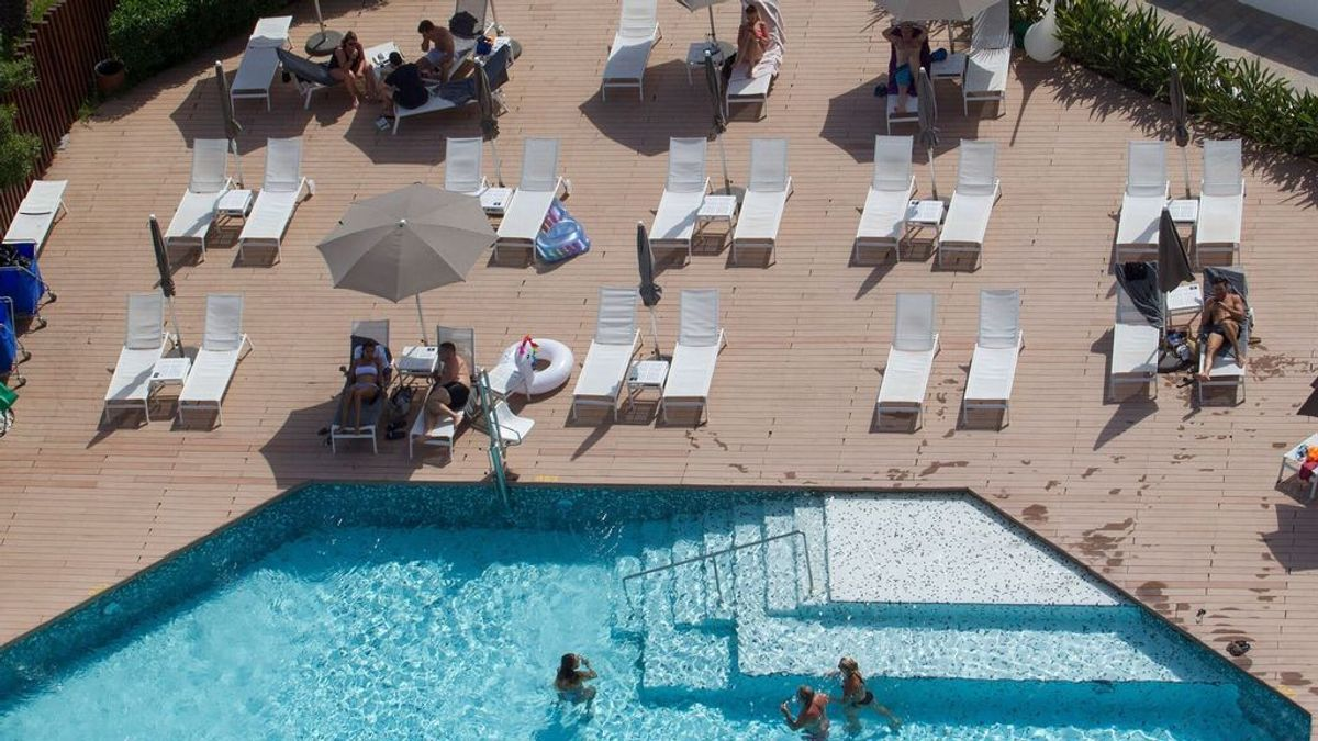 ECO rebeca piscina
