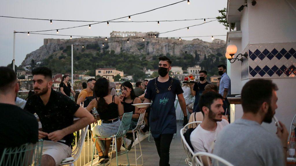 Grecia exigirá un test negativo de coronavirus a los viajeros procedentes de España