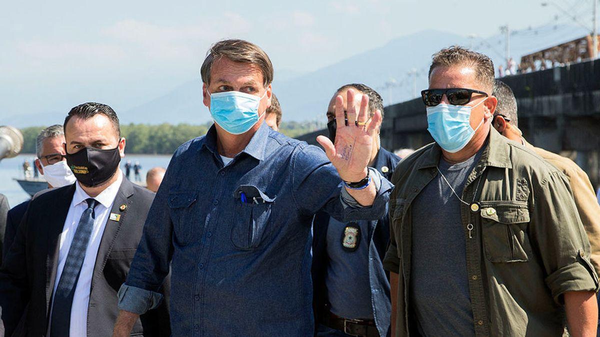 Bolsonaro sugiere que el confinamiento podría ser la causa de la muerte de miles de personas en Brasil