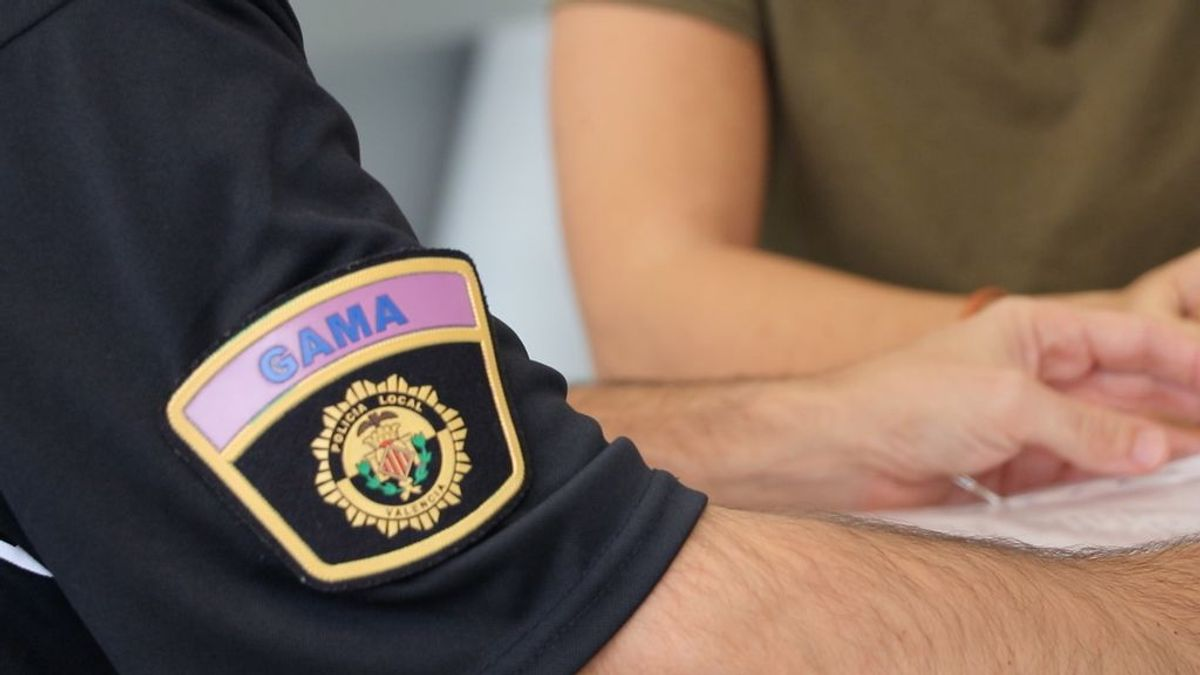 Un padre es detenido dos veces en cuatro días por acoso telefónico a su hija menor, con hasta 104 llamadas en 24 horas