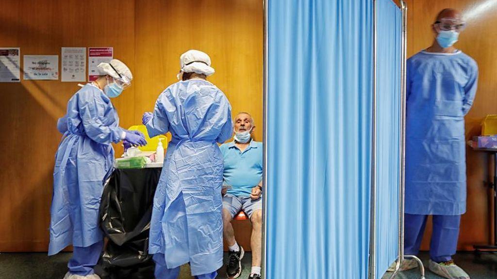El coronavirus en Cataluña:  830 nuevos casos y dos muertos más en las últimas 24 horas