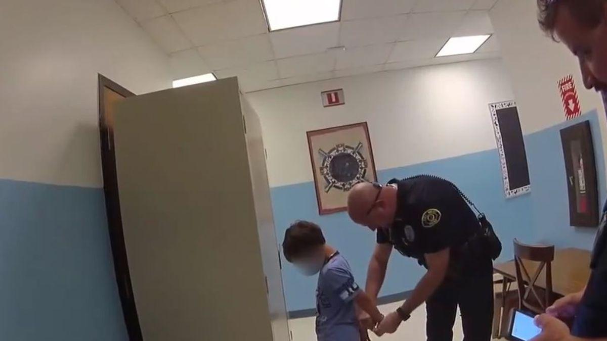 Difunden un polémico vídeo en el que un policía de EEUU arresta a un niño discapacitado de 8 años
