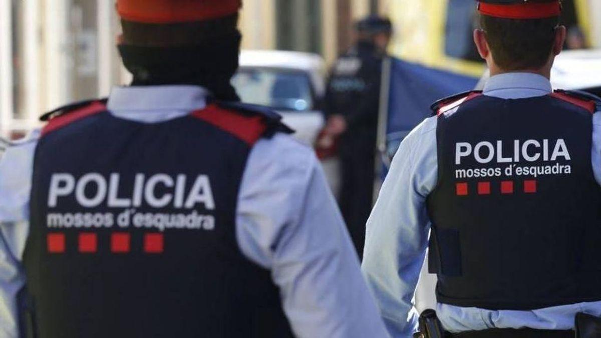 Los Mossos detienen a un hombre en Reus por escupir a la gente por la calle