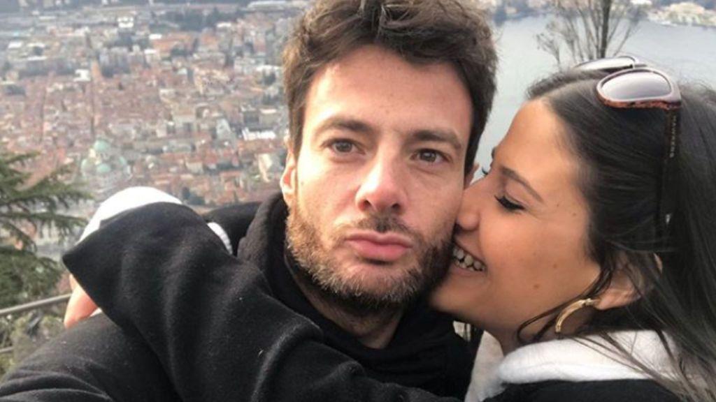 Enamorado de su novia y nostálgico con 'GH': la nueva vida de Alessandro Livi