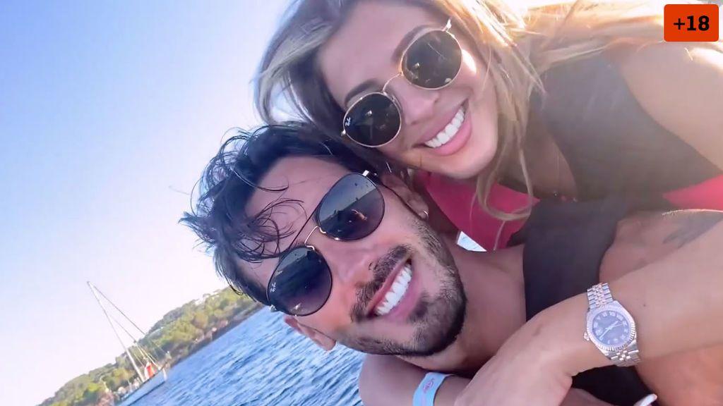 """Oriana nos cuela en sus vacaciones más hot en Ibiza : """"A Iván le gusta ponerme al límite"""" (1/2)"""