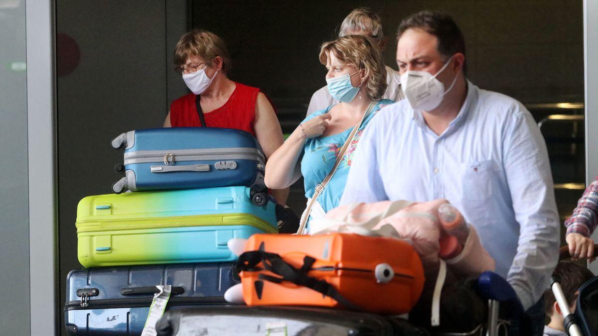 Las personas que hayan estado en contacto con un positivo por coronavirus en vacaciones pueden retornar a casa para la cuarentena