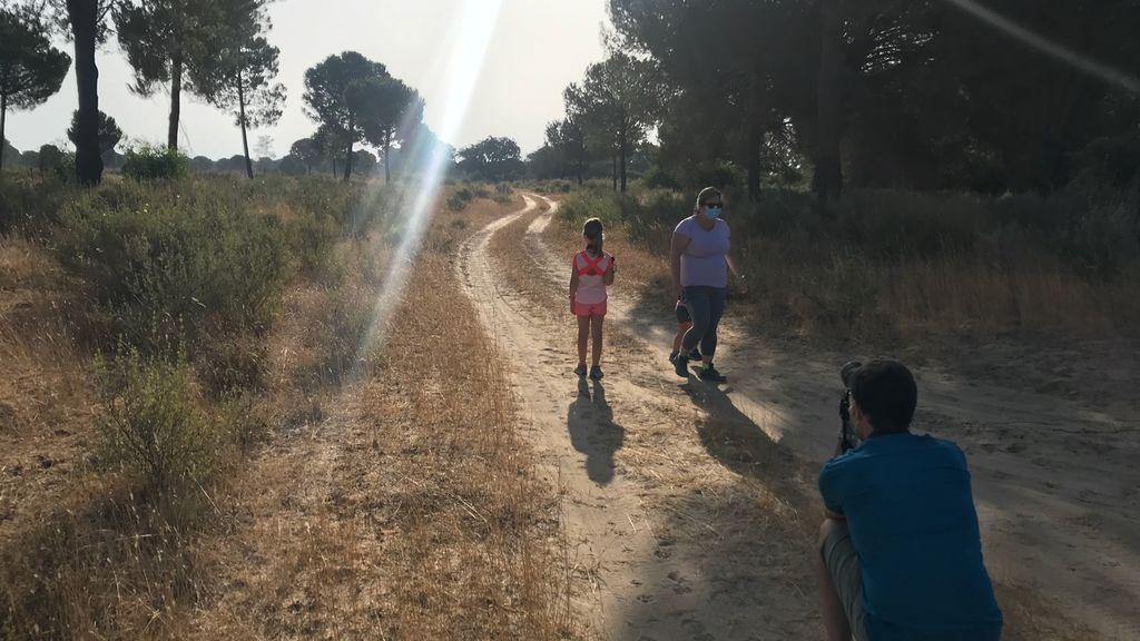 Paseando con mascarilla por Doñana