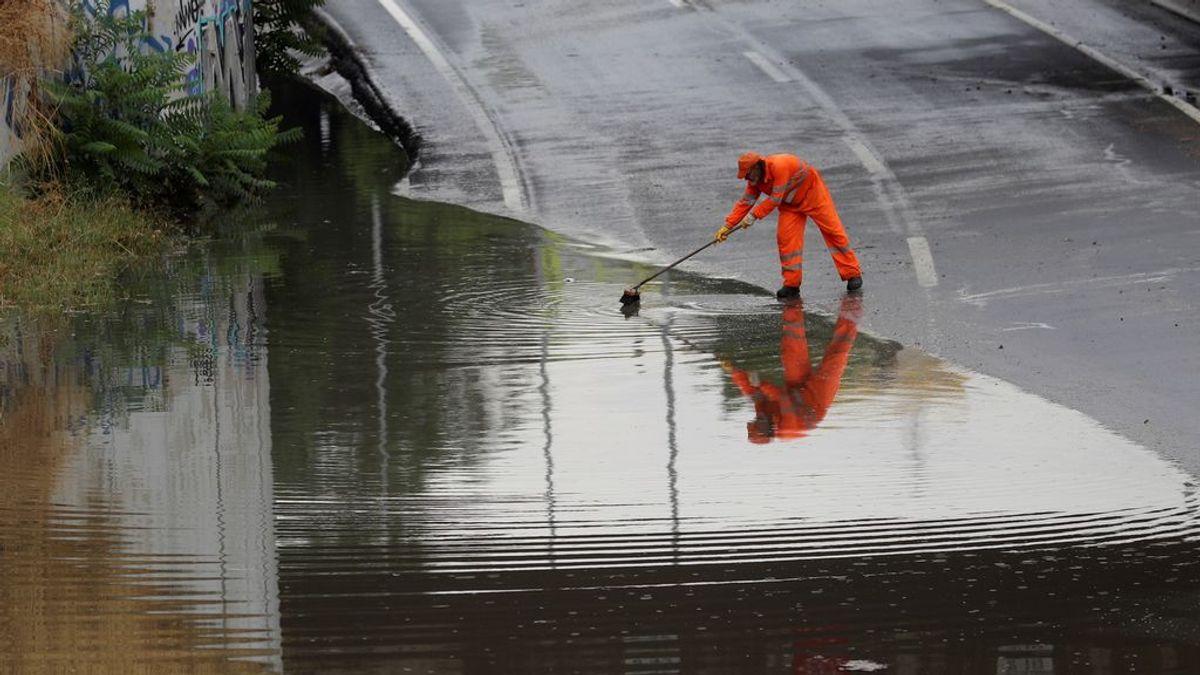 Granizada en Ciudad Real, un herido por rayo en Madrid e inundaciones en Sevilla: las consecuencias de la tormenta