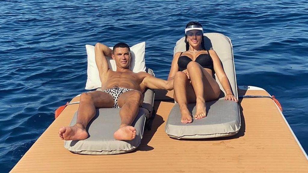 Georgina Rodríguez y Cristiano Ronaldo: vacaciones familiares en alta mar a bordo de un lujoso yate