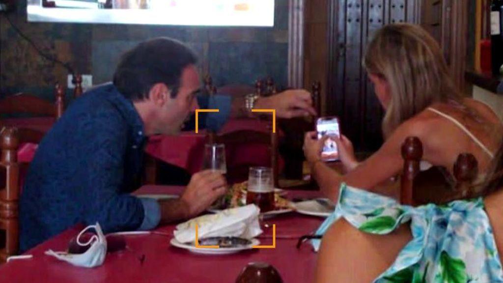 Las fotografías de la última comida romántica de Enrique Ponce y a Ana Soria