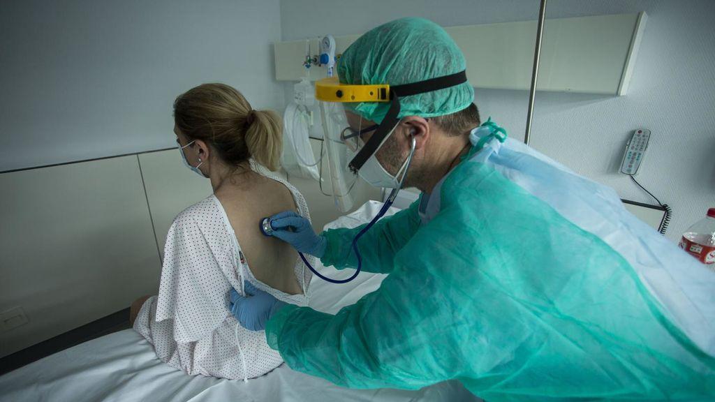Andalucía suma en un día 18 hospitalizados, hasta los 133,  la mayor subida desde mayo