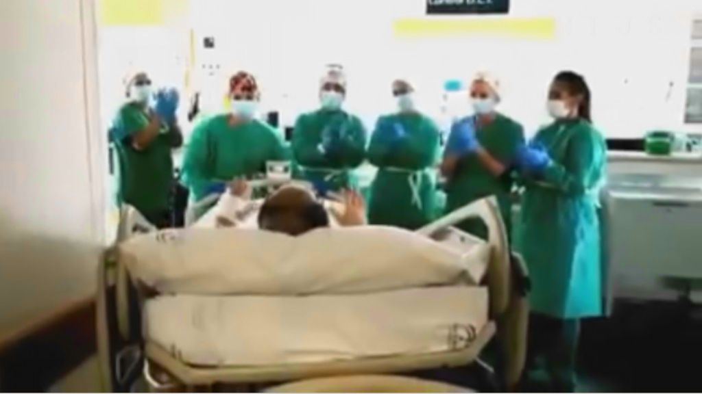 Dan de alta en Sevilla al paciente que más tiempo llevaba ingresado por COVID