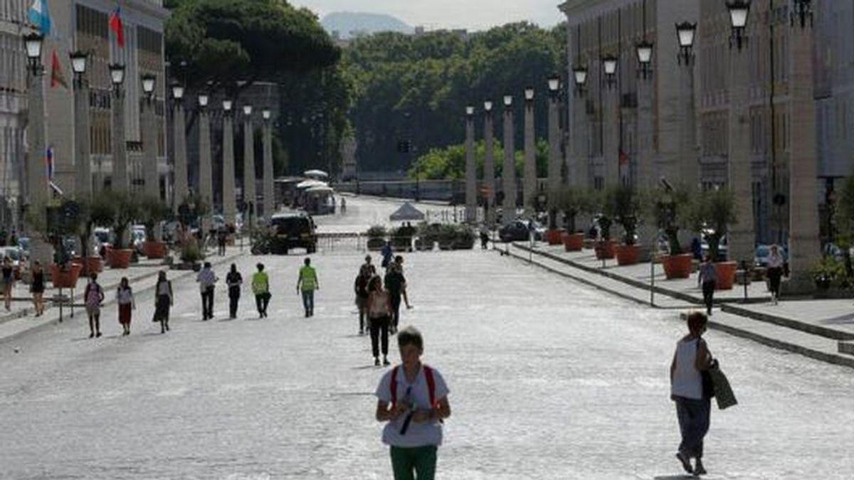 Italia impone pruebas PCR  a todos  los viajeros procedentes de España