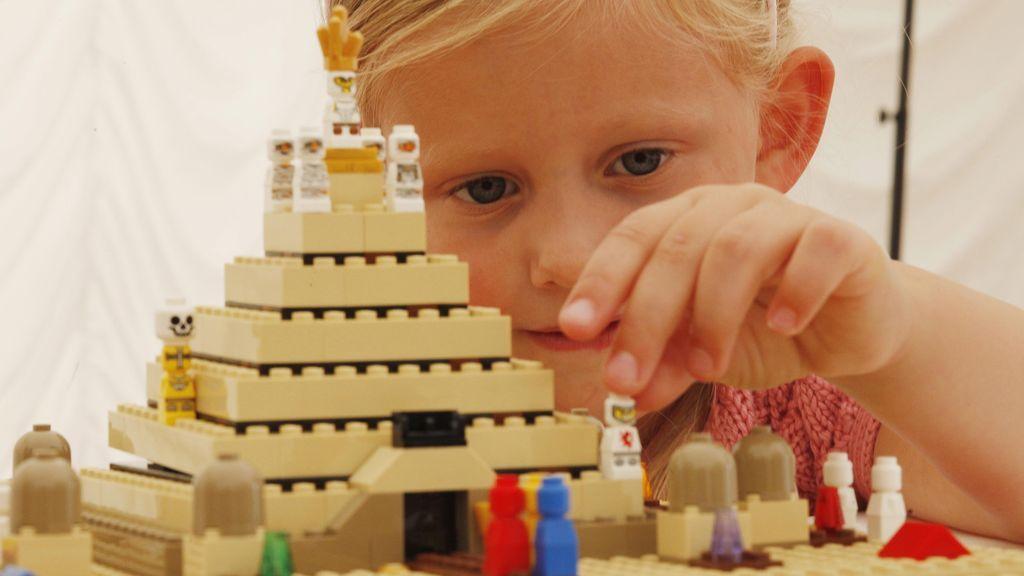 Una carta de Lego a los padres de 1970 sobre educar en la igualdad que resulta necesaria hoy