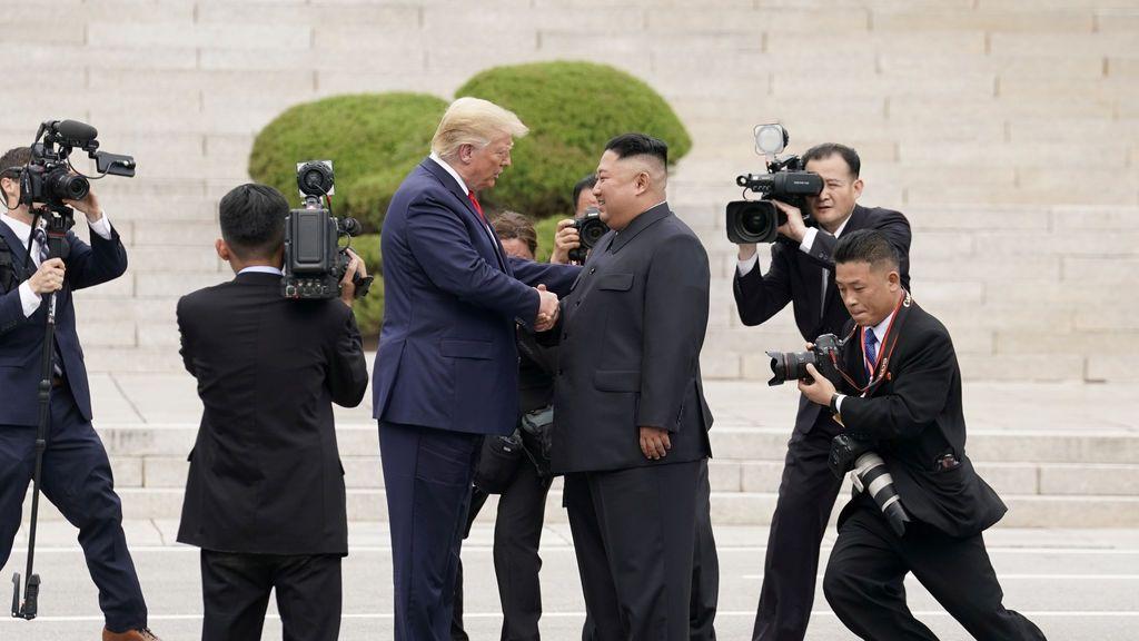 La historia de amor y odio entre Donald Trump y Kim Jong Un a través de 25 cartas privadas