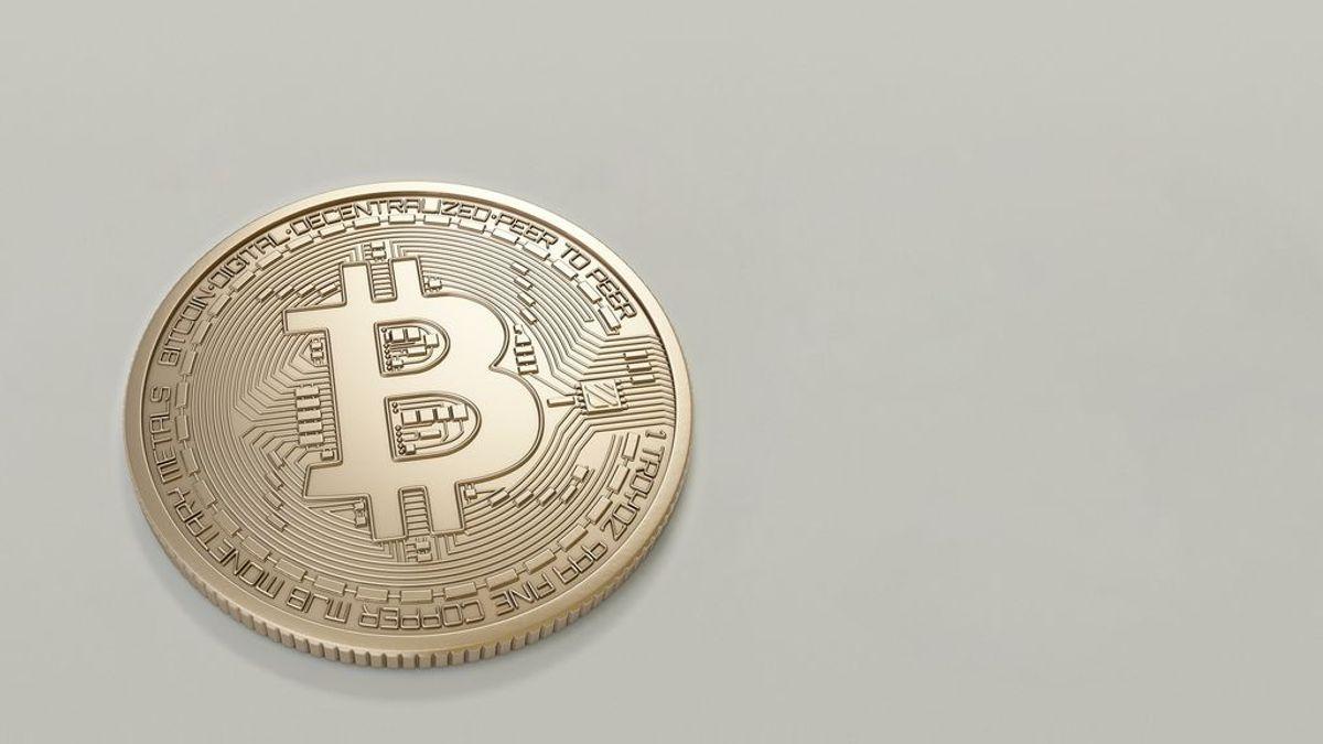 El bitcoin es una moneda completamente digital.