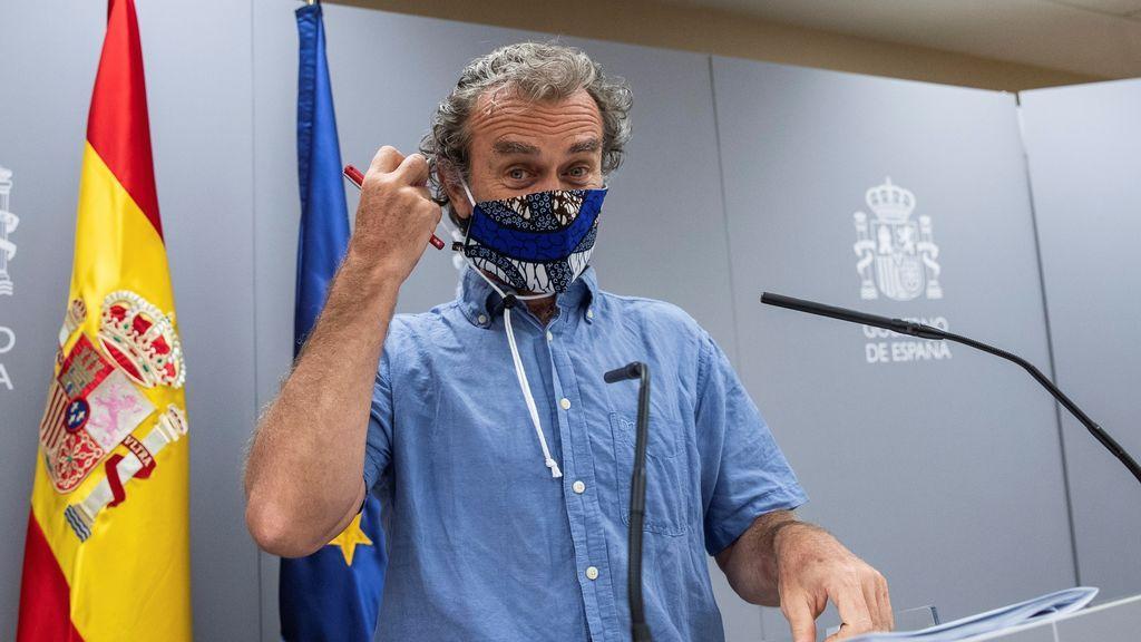 Fernando Simón con una mascarilla estampada el pasado 10 de agosto