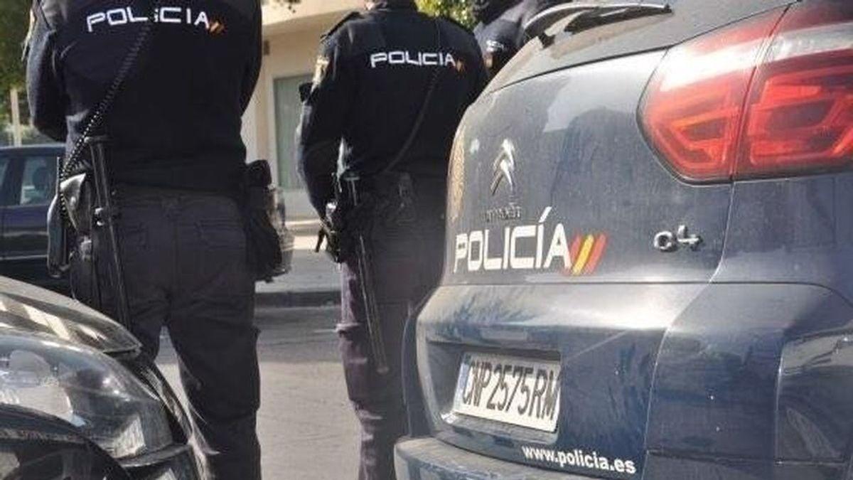 Detenido un hombre por matar a golpes a un perro con un bate de béisbol en Córdoba