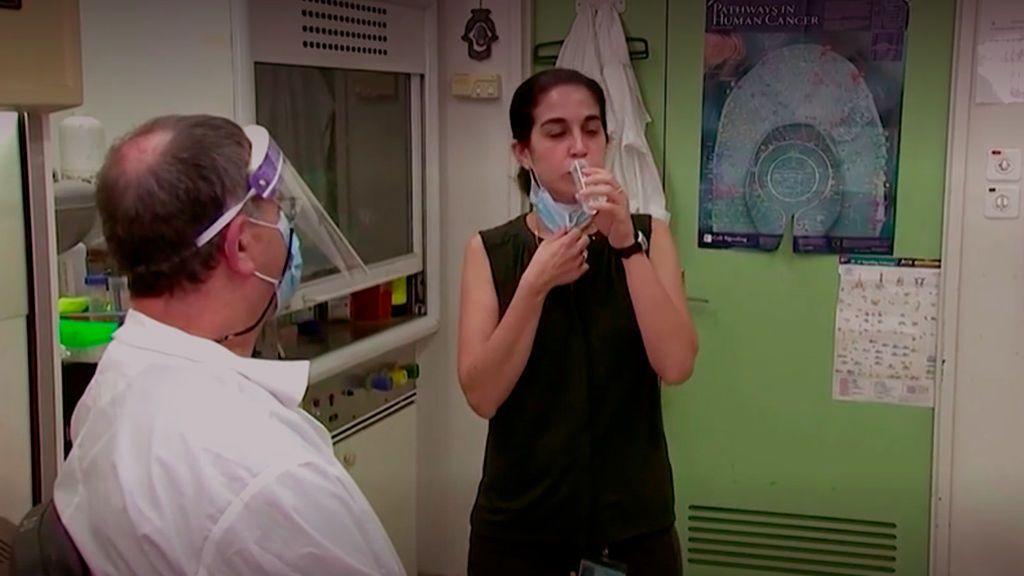 Israel prueba un test de saliva ultra rápido para detectar Covid-19