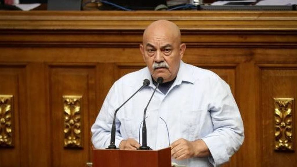 Muere por coronavirus el jefe de Gobierno de Caracas, Darío Vivas