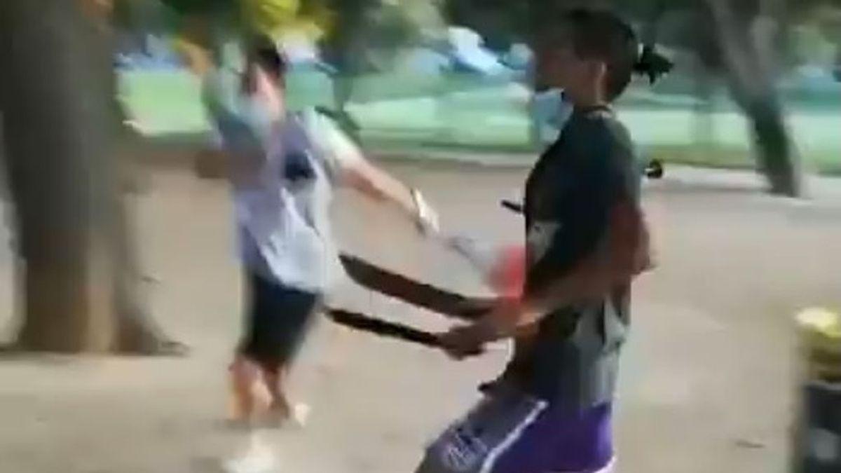 Pelea grupal a machetazos en un parque de Zaragoza