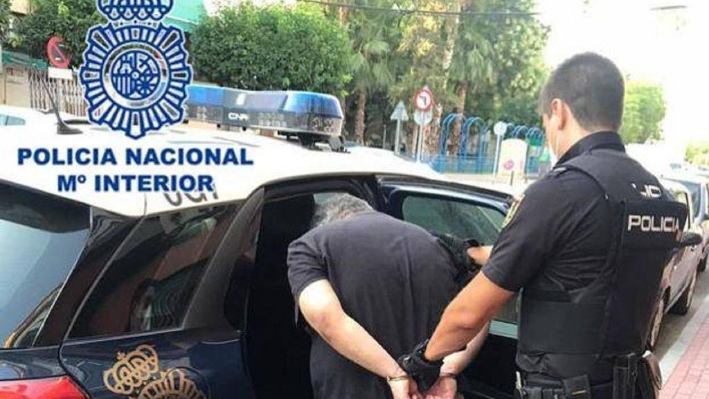 Muere una mujer en Murcia tras ser brutalmente agredida por su hijo con una báscula