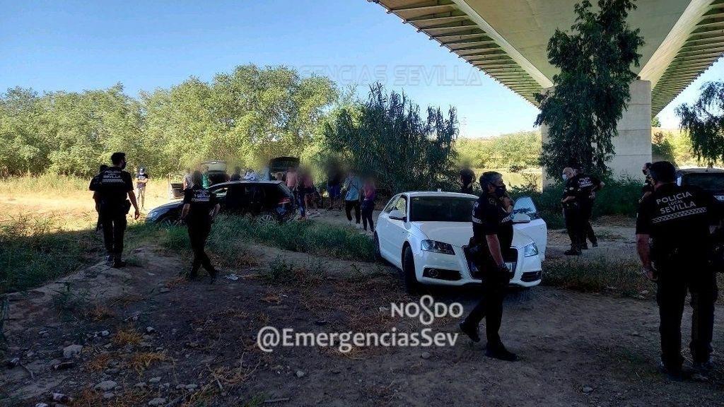 La Policía disuelve concentración de 40 personas en Sevilla