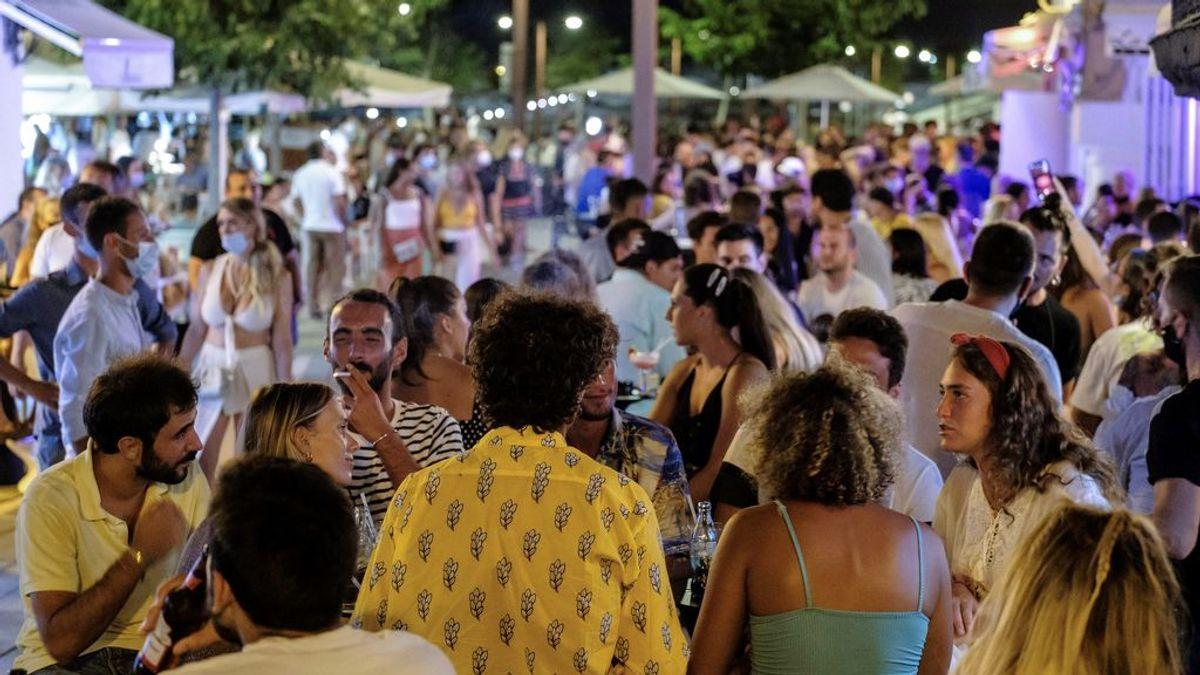 Italia ordena el cierre de todos los locales de ocio nocturno y la mascarilla obligatoria
