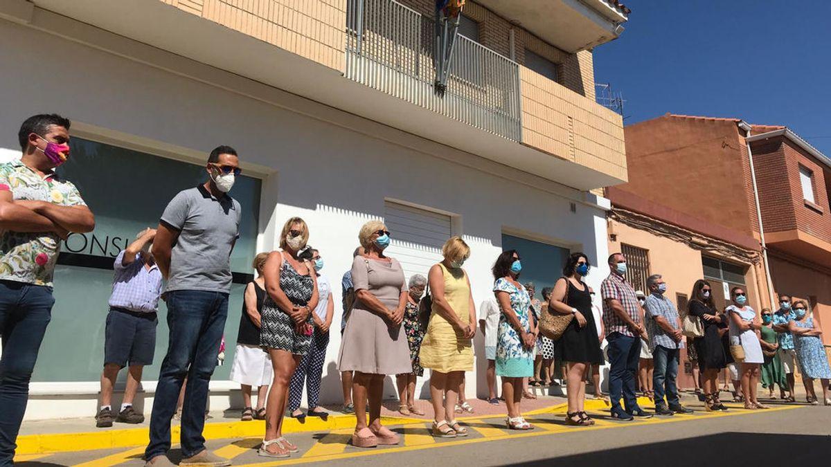 Esta mañana a las 12 del mediodía se ha guardado un minuto de silencio en el ayuntamiento de Cabanes.