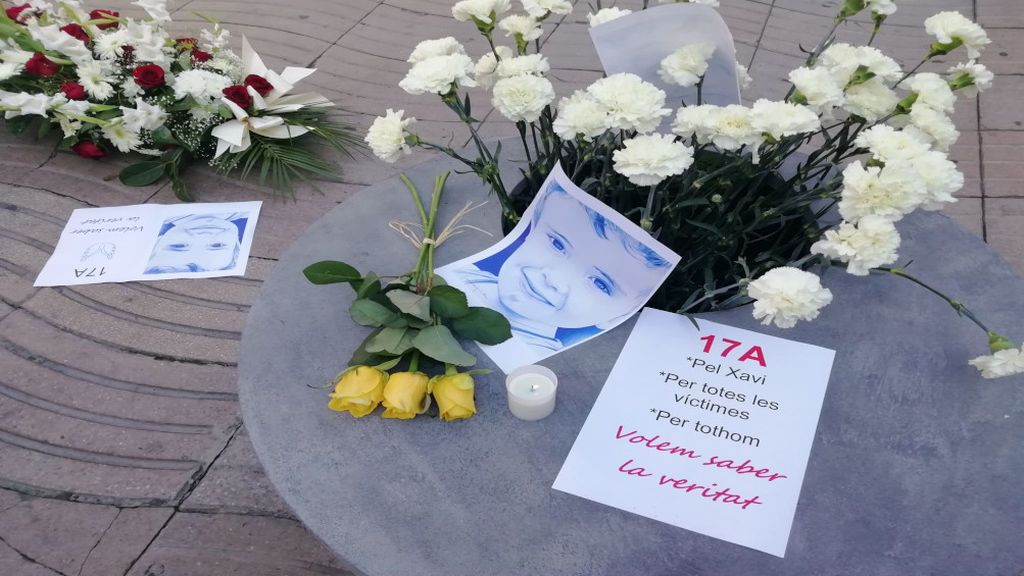 La familia de Xavi, el pequeño asesinado en los atentados, se siente sola y destrozada tres años después