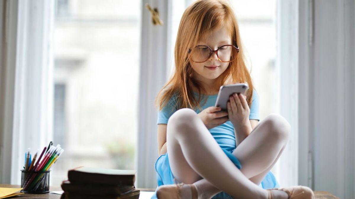 Las aplicaciones educativas fomentan la interactividad y la gamificación.