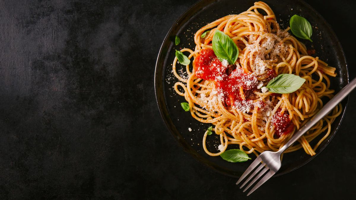 La Humanidad ha estado comiendo mal los espaguetis durante décadas: un canadiense lo demuestra