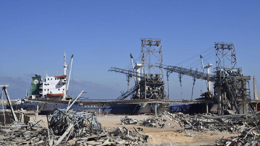 Ordenan el arresto del director del puerto de Beirut tras la explosiónE