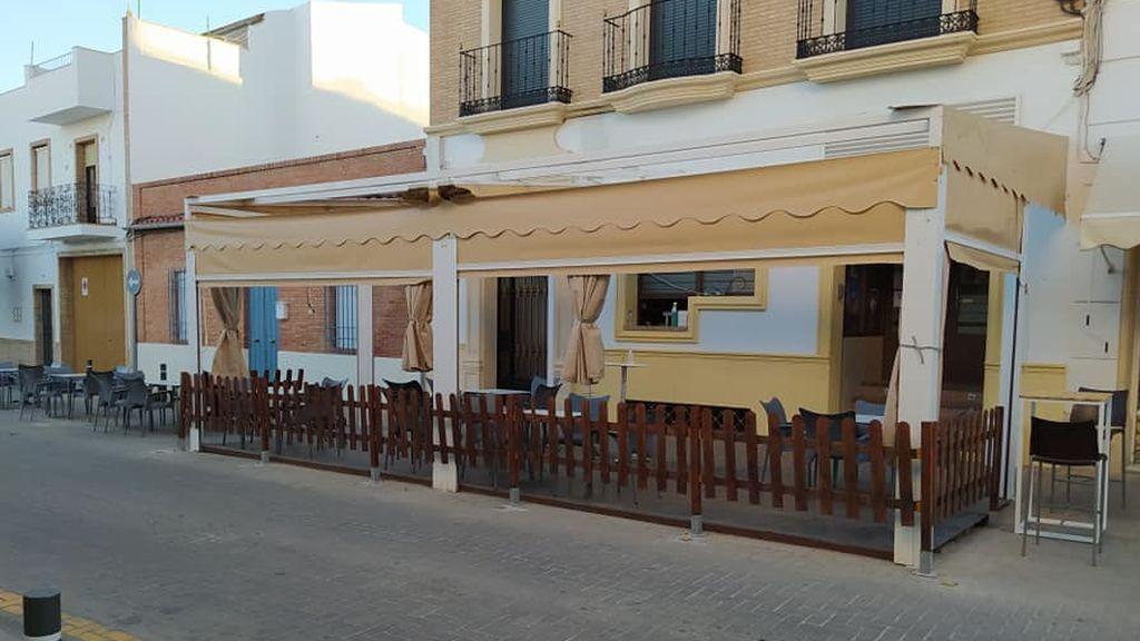 Un bulo obliga a los empleados de un bar de Córdoba a publicar los resultados de sus PCRs