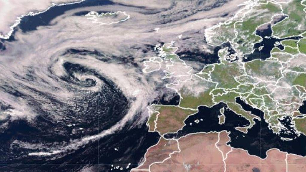 Borrasca Ellen: podrá sufrir una ciclogénesis explosiva y pasará muy cerca de España