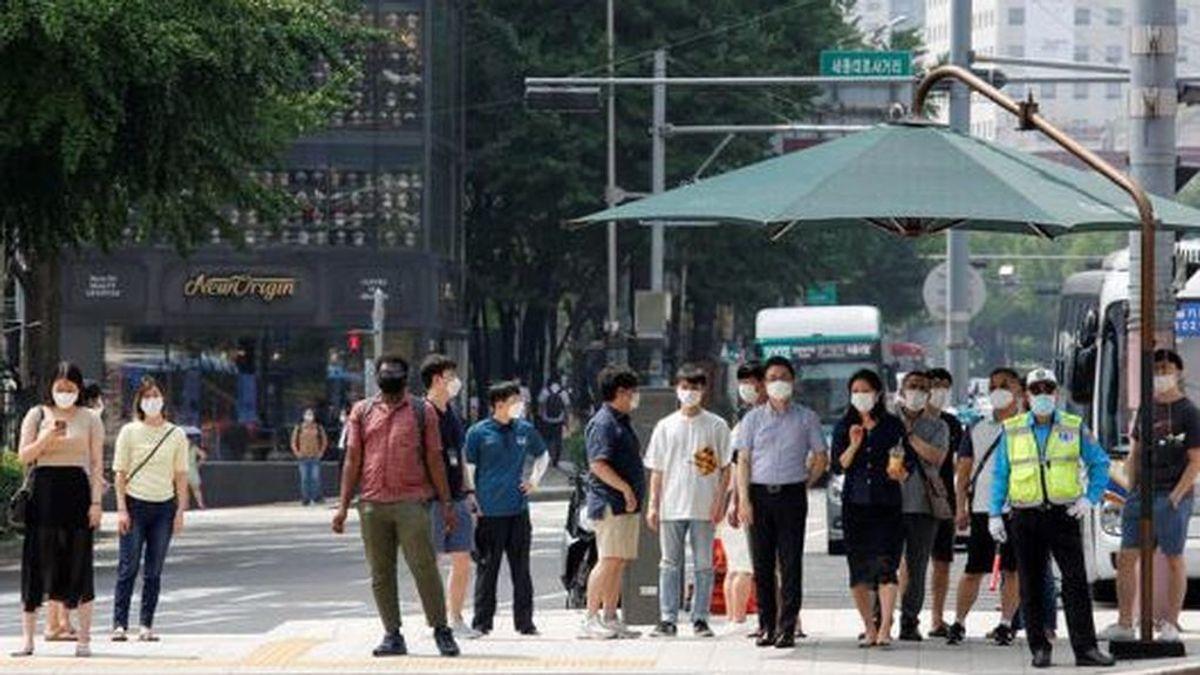 Corea del Sur achaca a una manifestación de fieles cristianos desató un nuevo brote en Seúl