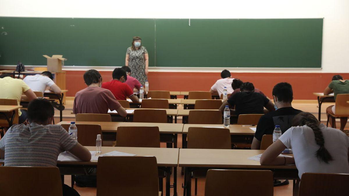 Casi el 39% de las ofertas de empleo demandan un título universitario