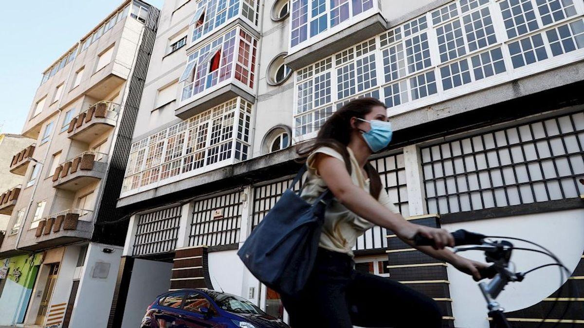 Suben a 28 los casos positivos por un brote relacionado con un edificio en Monforte (Lugo)