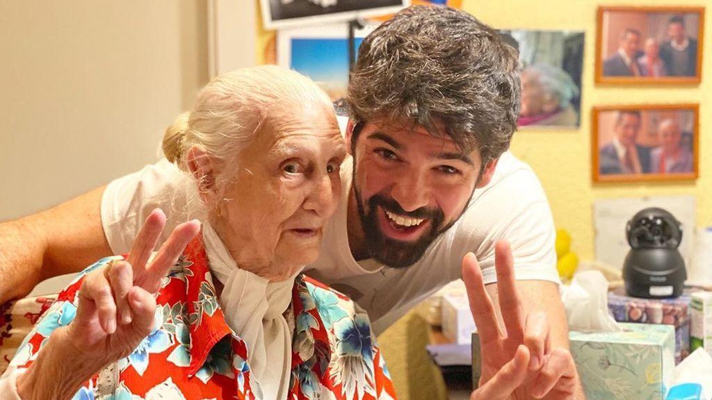 """Miguel Ángel Muñoz dirige un documental con su 'tata' como protagonista: """"Ha sido una experiencia única"""""""
