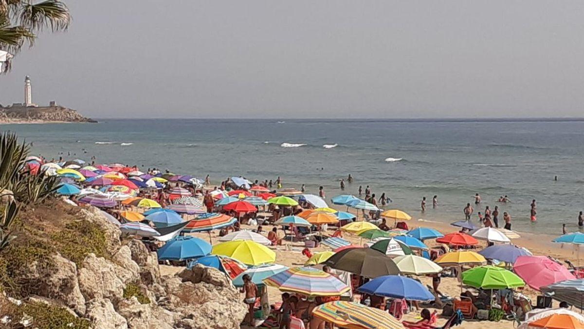 El `Efecto Turismo´: agosto dispara los contagios en la costa de Cádiz