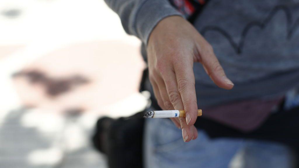 Madrid cierra hoy su ocio nocturno y prohíbe fumar en aquellos espacios donde no se pueda mantener la distancia
