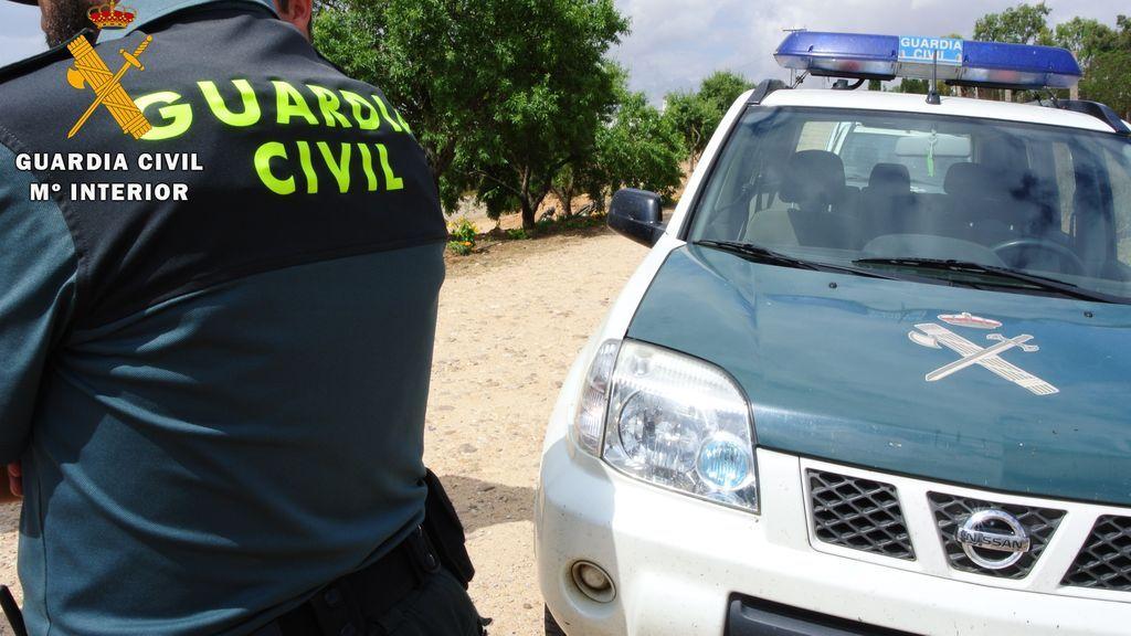 Unos 300 inmigrantes intentan saltar la valla de Melilla