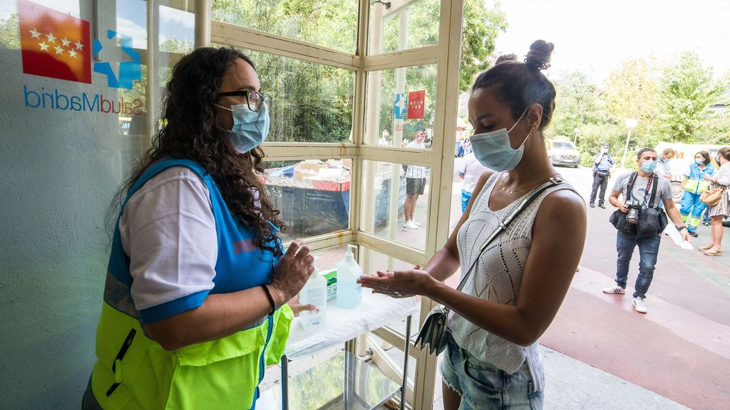 Madrid reduce a 851 los casos de coronavirus en el último día