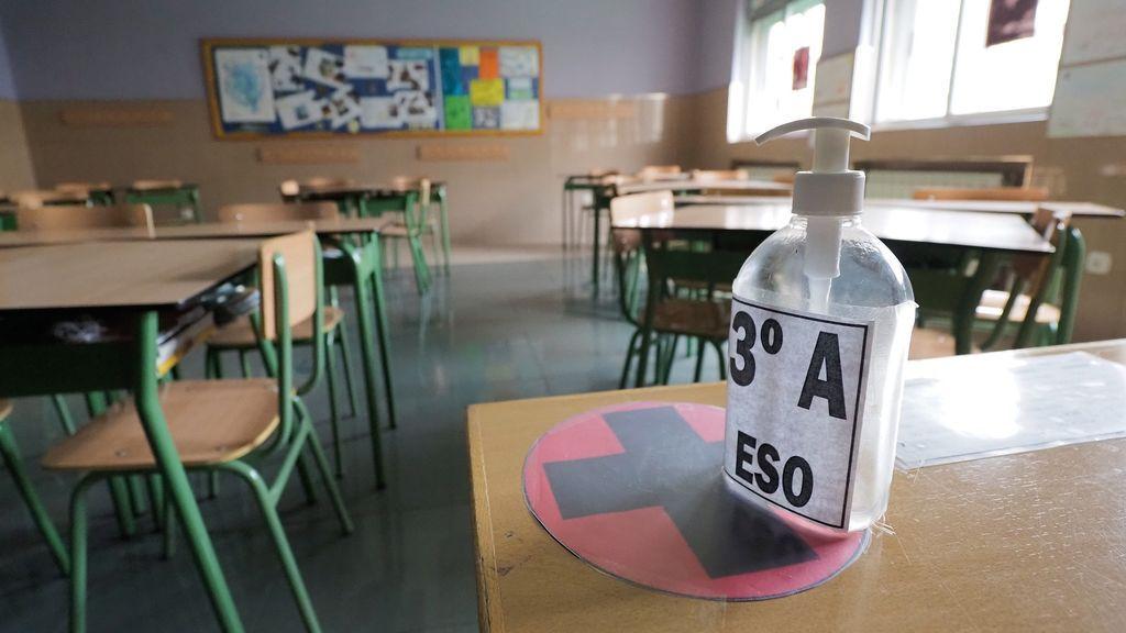 Madrid confirma que el curso será semipresencial: sin recreos ni comedores y con parte de Secundaria 'online'