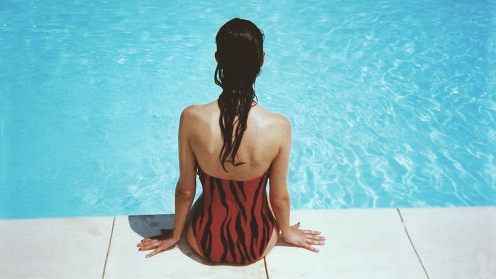 Cuidado con los bañadores mojados: pueden provocar vulvovaginitis en verano