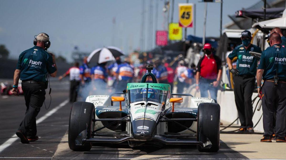 Fernando Alonso, en los entrenamientos de la Indy 500.