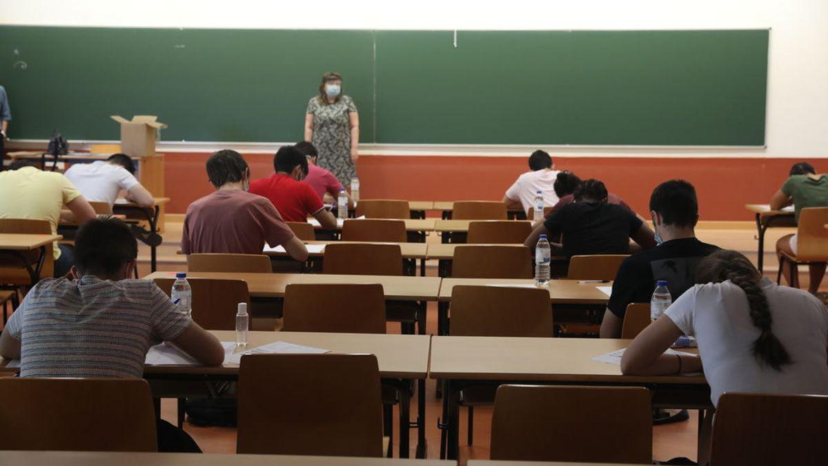 El profesorado de Madrid pide pruebas PCR para todos los docentes y alumnos