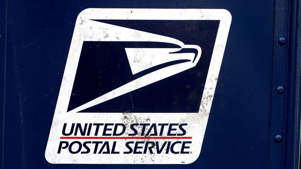 Las razones de Trump en su lucha contra el servicio postal